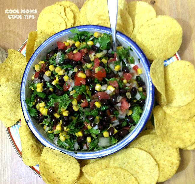 Salsa-Nayarit-and-nachos-cool-moms-cool-tips #ad #MazolaPlatoSano