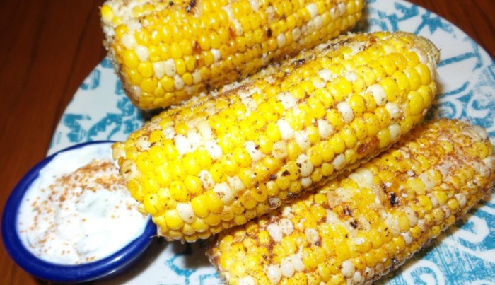 mexican-street-corn-on-the-cob-900x518