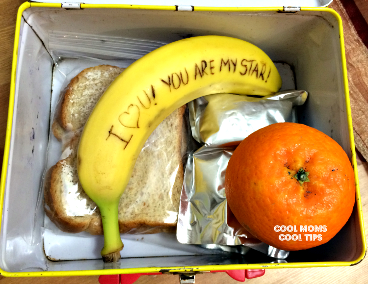 banana-secret-messages-revealed-in-lunch-box-cool-moms-cool-tips
