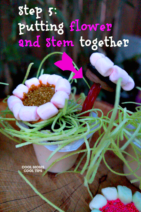 making edible flowers with pudding cups for spring step 5 cool moms cool tips #ad #spoonfuloffun