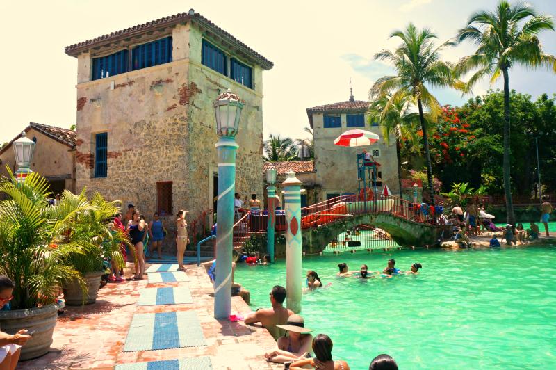 venetian pool bridge cool moms cool tips