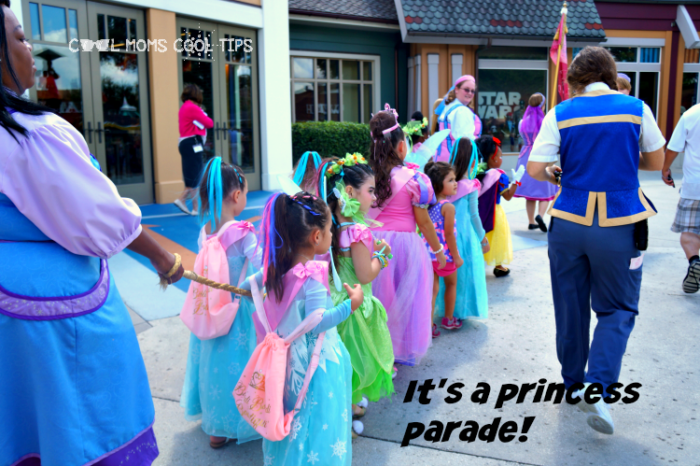 tips-to-visit-disney-springs-princess-parade-cool-moms-cool-tips