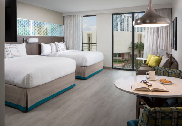 7 Tips To Keep Your Family Organized in a Hotel