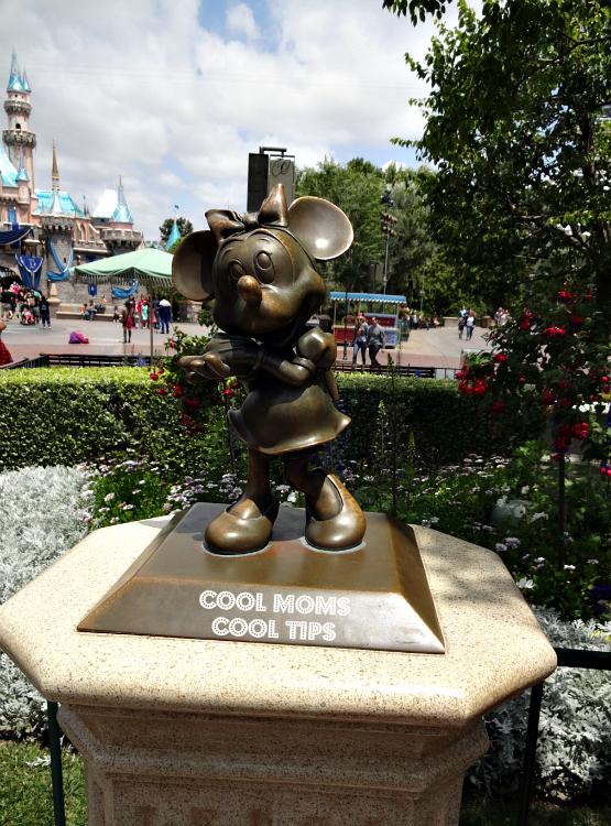 Disneyland-Minnie-cool-moms-cool-tips