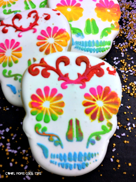 How to make and decorate sugar skull cookies for day of the dead celebrations dia de muertos