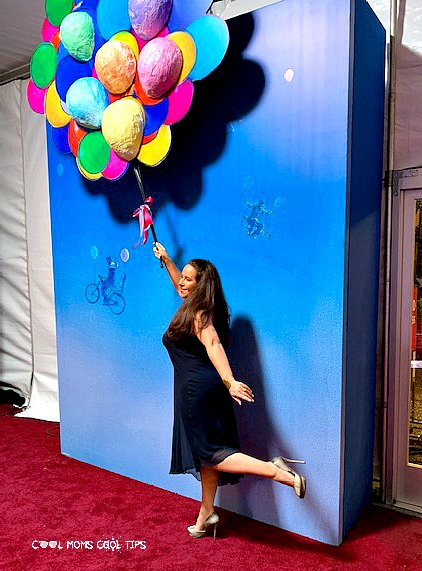 Disney-Mary-Poppins-Return- Red-Carpet-World-Premiere-cool-moms-cool-tips