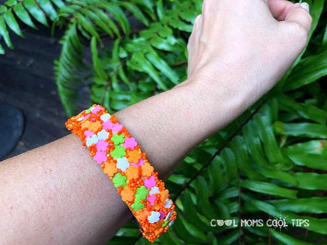 Sprinkles-Fashion-Bracelet-DIY-cool-moms-cool-tips