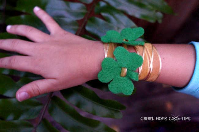 irish-clover-bracelet-cool-moms-cool-tips