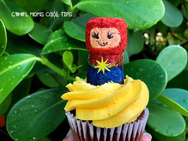 Captain-Marvel-DIY-Cupcake-Topper-cool-moms-cool-tips