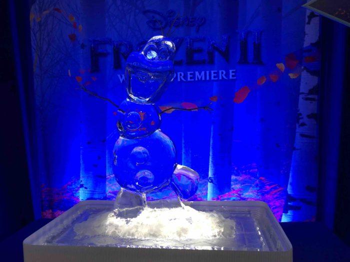 Olaf-frozen-2-world-wide-red-carpet