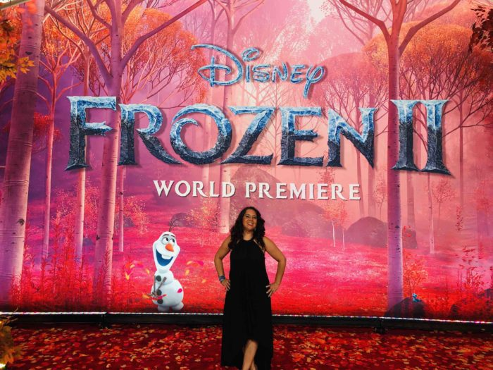 cool-moms-cool-tips-frozen-2-red-carpet