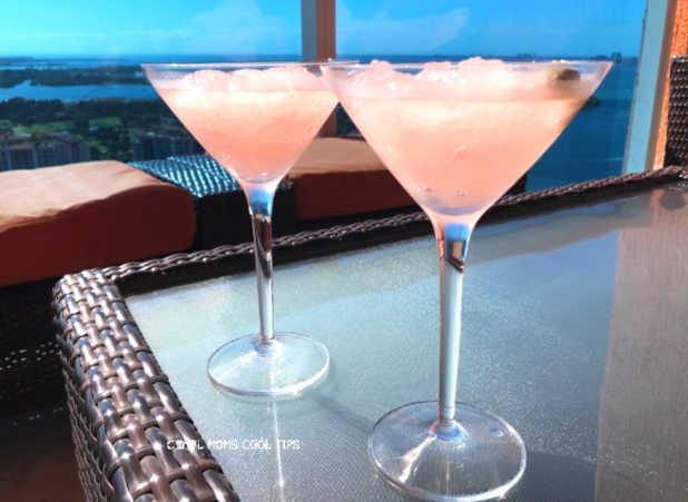 pink-lemonade-prosecco-frozen-cocktail