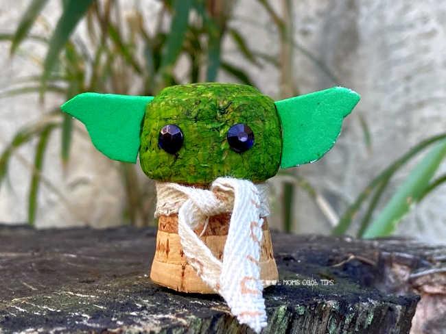 DIY-Baby-Yoda-cork-cool-moms-cool-tips